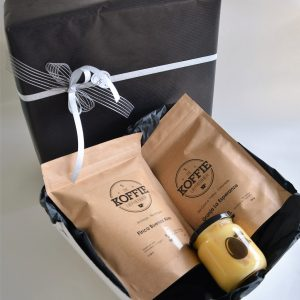 Geschenkdoos 2 Verschillende Koffies 250 Gr Met 1 Potje Advocaat